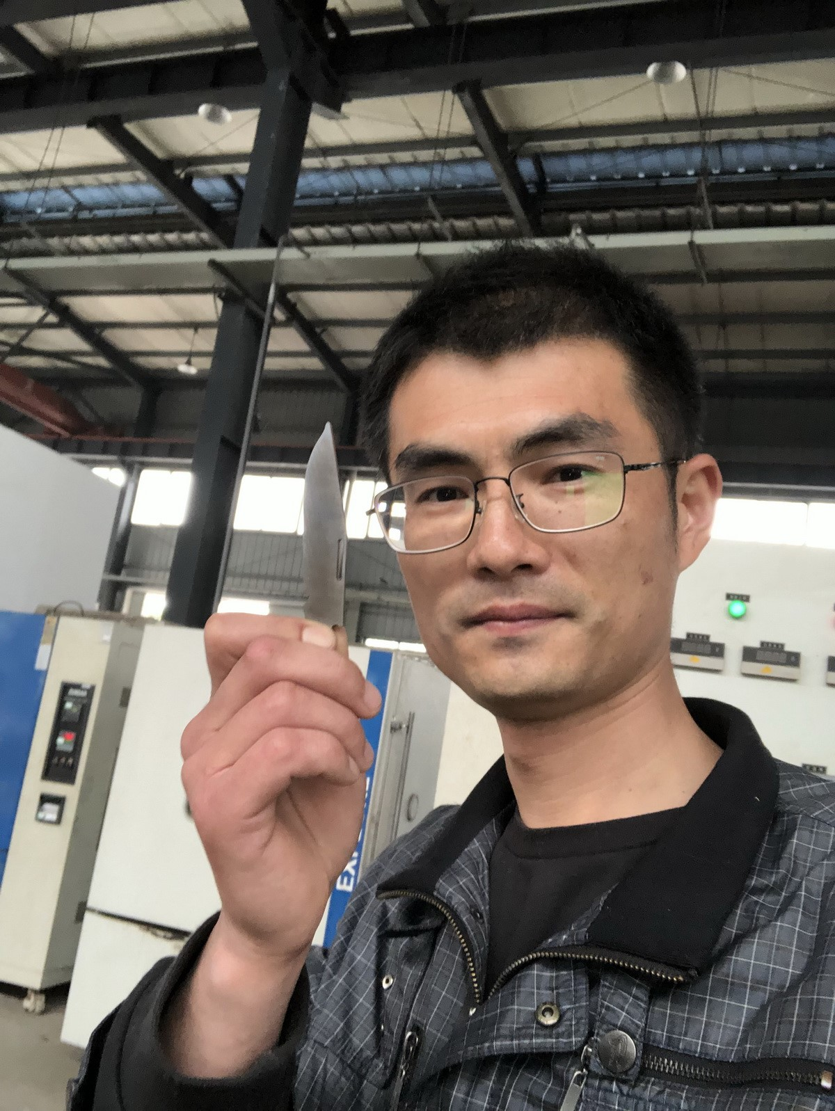 JiYi Chen J.E.Made Knives